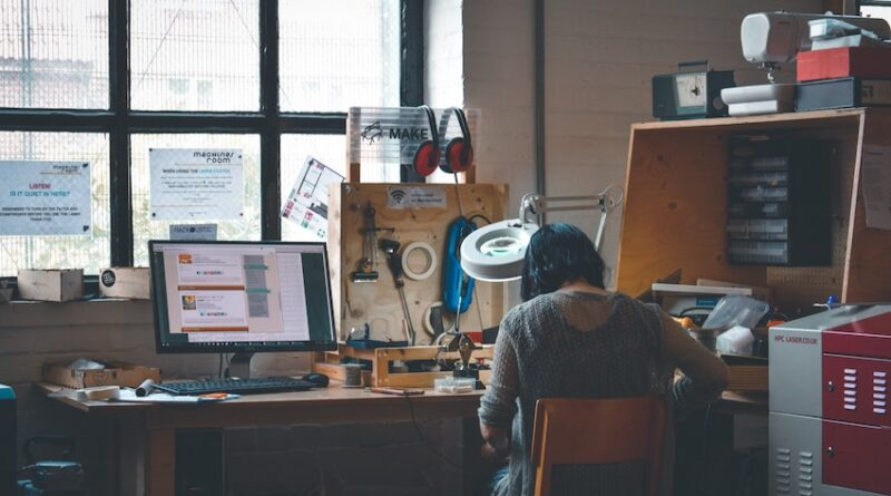 4 Challenging Situations for Work-from-Home Setups
